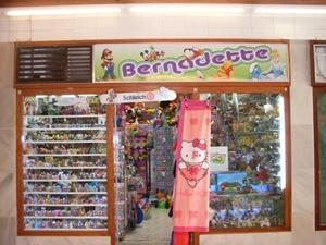 HILARTEN S.L. (Bernadette Toys Shop)